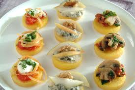 Tartine miste di polenta e verdura