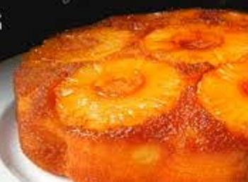 Torta di ananas e zenzero