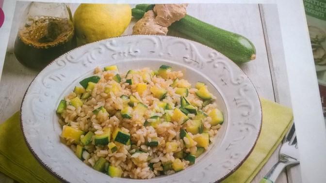 Riso con zucchine, zenzero e limone