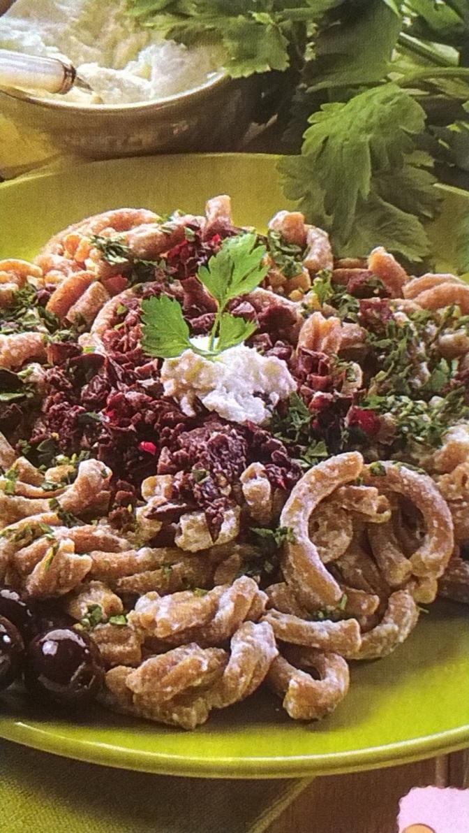 Casarecce alle olive e prezzemolo