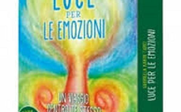"""Gabriella K. Turci, Kristofer Twofeathers """"Luce per le Emozioni – Cofanetto Carte con Diario. Un viaggio dentro te stesso per ritrovare benessere e serenità"""""""