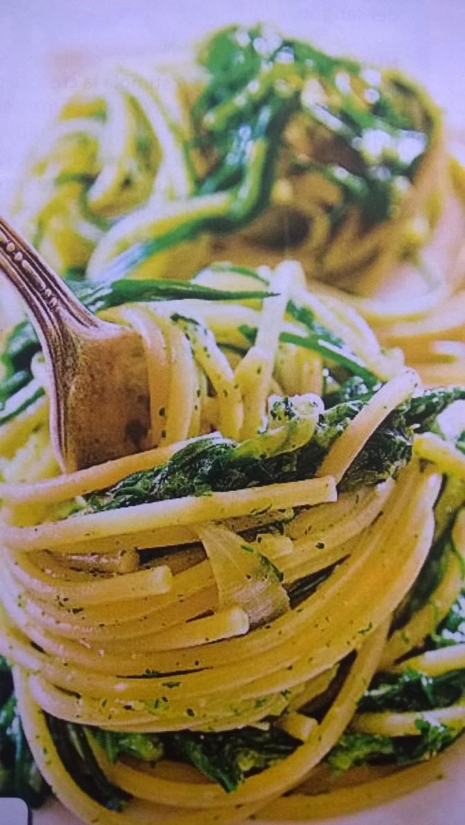 Spaghetti agli agretti