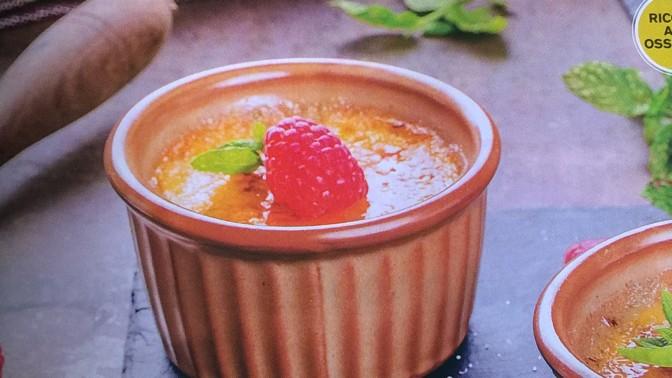 Crema al forno con curcuma e lamponi